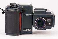 Nikon Coolpix 995 Digitalkamera mit Zoom Nikor 8-32mm 1:2.6-5.1 Optik defekt