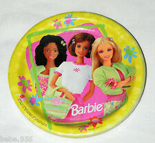 NEW  ~BARBIE ~  8 DESSERT  PLATES  VINTAGE 1999  HALLMARK  PARTY SUPPLIES