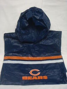 New!! Chicago Bears Hooded Snap Up Heavy NFL Rain Poncho