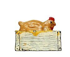 JOHILLCO LEAD PRE-WAR FARM SERIES *** SITTING HEN (TAN) & NEST BOX...!!