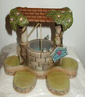DISNEY JIM SHORE SNOW WHITE WISHING WELL DISPLAY BASE - NEW IN BOX