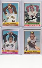1976 Topps signed  Bill Greif signed autograph with COA