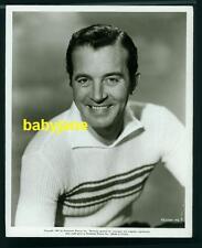JOHN PAYNE VINTAGE 8X10 PHOTO 1949 PORTRAIT BIG SMILE IN SWEATER