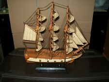 "VINTAGE HERITAGE MINT COLLECTION WOODEN CLIPPER SHIP / 13""(H)"