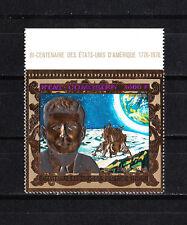 Comores timbre sur OR  indépendance des USA   John Kennedy    num: PA 117  **