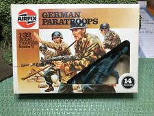 AIRFIX GERMAN PARATROOPERS 1/32 HUMBROL ISSUE NEVER PLAYED WITH. INCLUDES BIPOD