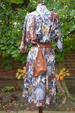Stylish Genuine Vintage 70s Floral dress In Autumnal Hues