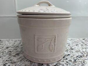 Signature Sorrento Ivory Dip Chiller Lid & Bowl Stoneware