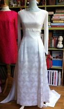 True Vintage 1960s Wedding Dress Very Audrey Hepburn Fitted Lace Bodice Size 8