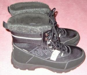 LADIES SIZE 8 BLACK WATERPROOF BOOTS NEW WITH TAGS FLEECE LINED UNBRANDED