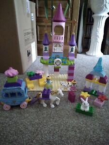 Duplo Disney Princess Cinderella Castle  and Carriage