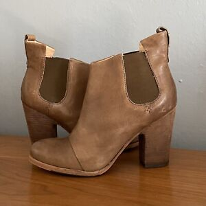 Sigerson Morrison 'Belle' Ankle Boots Booties Stacked Heel Size 10 Tan