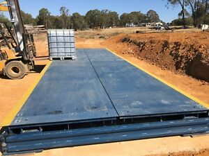 Portable weighbridge 6m*3m  Capacity: 40t*20kg (Do not need concrete foundation)