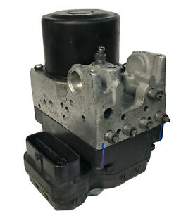 2004 - 2007 Toyota Highlander ABS Anti Lock Brake Pump | 44540-48090