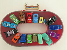 Disney Pixar Cars 1 maletín mattel incl. 17 coches Box King flo Sally 1:55
