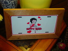 BETTY BOOP FRAMED METAL LICENSE PLATE SIGN SOLID CEDAR
