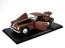 Alfa Romeo 6C 2500 Villa dEste 1949 rot Modellauto in Vitrine Leo 1:24