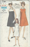 1960s Vintage Sewing Pattern B36 DRESS (1065)