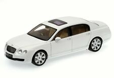 Bentley Continental Flying Spur white 1:18 Minichamps