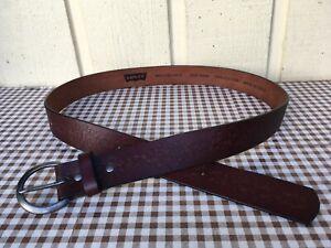 Levi's men's embossed genuine leather belt size 40/100.Brown