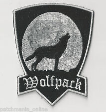 WOLFPACK - HOWLING AT THE MOON - IRON / SEW ON PATCH