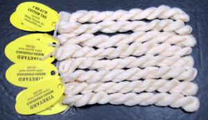 8xNeedlepoint/Embroidery THREAD WILTEX Vineyard Merino Strndble-CottonTail-VS321