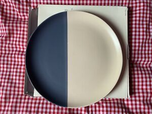 JOULES GALLEY GRADE 1 of NAVY & CREAM STONEWARE DINNER PLATE HAND FINISHED
