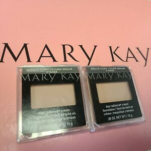 Lot of 2~ Mary Kay Day Radiance Cream Foundation Bisque Ivory 014684 RARE