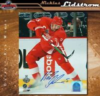NICKLAS LIDSTROM Signed Detroit Red Wings 8x10 Photo - 70148