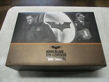 Hot Toys The Dark Knight Rises John Blake and Jim Gordon Bat Signal