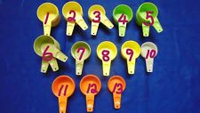 VINTAGE TUPPERWARE YOUR CHOICE OF MEASURING CUPS NICE!!