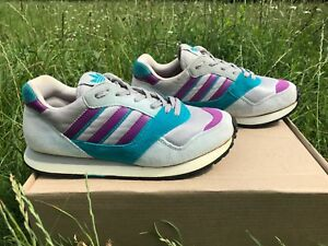 Adidas Quasar , vintage sneaker , size US 5 1/2 , Rare , made in Philippines