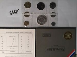 Coffret FDC 1973 pièces France Monnaie de Paris fleurs de coins.