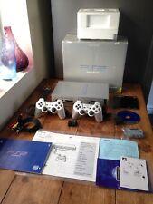 Original fat Satin Argent PLAYSTATION 2 PS2 Boxed console avec 2 manettes