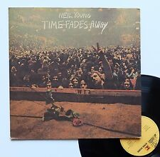 "Vinyle 33T Neil Young  ""Time fades away"" + poster"