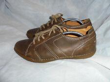 CLARKS SOFTTRENDS para Hombre Marrón Cuero Con Cordones Zapatos Size Uk 9.5 EU 43.5 en muy buena condición