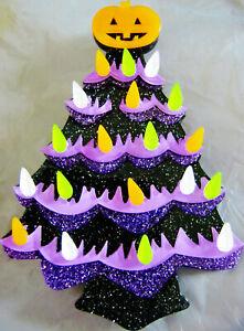 VINTAGE KNIT & PLASTIC HALLOWEEN PUMPKINS, CHRISTMAS TREE PIN