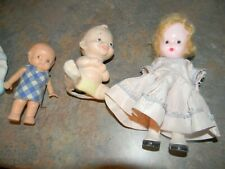 Lot of Vintage Ceramic Doll Bed and 4 Dolls (3 Plastic and 1 Ceramic)