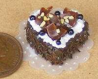 1:12 Scale Chocolate Icing Heart Cake Dolls House Miniature Accessory NC9