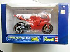 Revell 1:9 Scale Diecast Model Ducati Desmosedici GP5 Loris Capirossi - New