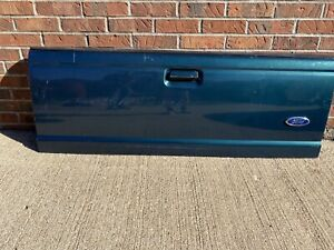 Green/Blue Ford Truck Tailgate 98-03