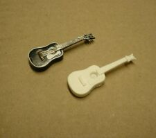 1/25 1/24 Miniature Resin Dreadnought Acoustic Guitar For Model Car Diorama