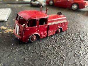 DINKY TOYS France camion BERLIET 1er Secours Pompiers 32E pour restauration