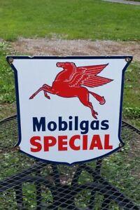 MOBILGAS SPECIAL porcelain metal sign MOBIL PEGASUS gasoline gas pump plate