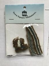 Dollhouse Accessories Town Square Miniature Clothing for 1/12 Scale Dolls #G7544