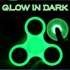 GLOW IN THE DARK TRI Fidget Finger Hand Spinner luminous Spin Stress ref18