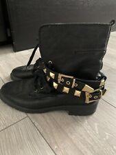 Zara Cuero Genuino Negro Tachonado De Oro Botas al Tobillo Size Uk 3