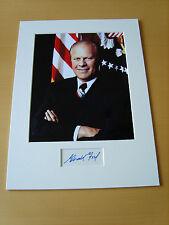 Gerald Ford Genuine Autograph - UACC / AFTAL.