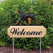Doberman Pinscher Oak Wood Welcome Outdoor Yard Sign Black/Tan Uncropped