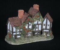 "Vintage 1985 David Winter Cottages ""The Apothecary's Shop"" Figurine * Excellent!"